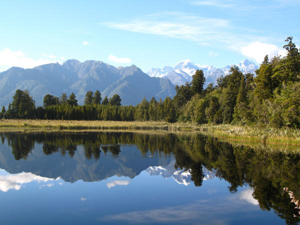 Lake Matheson, South Island. Photo credit: Rhiannon Davies