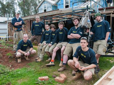 Carpentry students from Holmesglen.  Photo credit: Holmesglen Institute.