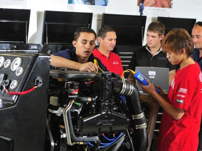 College study offers the opportunity for you to get hands-on experience in your subject area.  Photo credit: GCIT.