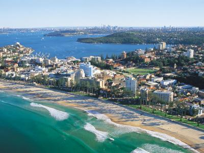 View across the beaches of Sydney.  Photo credit: TAFE NSW.