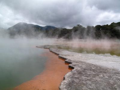 Champagne Pool, Wai-o-tapu, Rotorua.  Photo credit: Rhiannon Davies