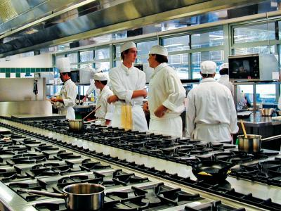 Trainee chefs in the kitchen facilities at ETI. Photo credit: ETI