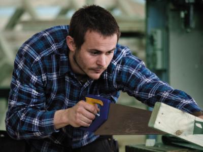 Learn carpentry at Holmesglen.  Photo credit: Holmesglen Institute.