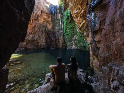 Bathing in a gorge. Photo credit: Tourism WA
